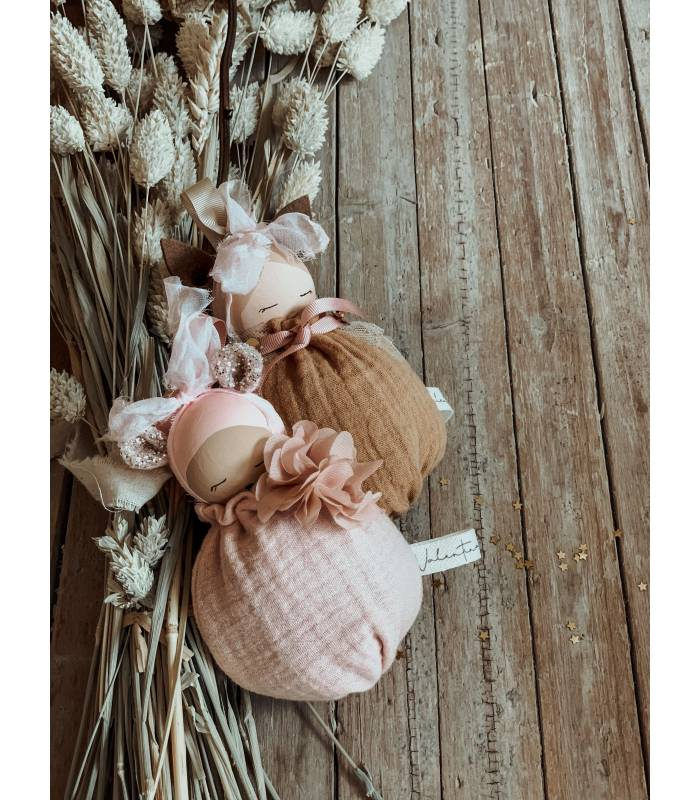 VALENTINA THE SWAN TREASURE THE LACE DOLL MOBILE