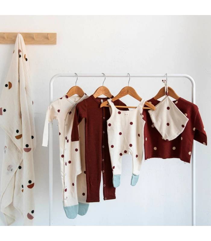 ORGANIC ZOO BURGUNDY DOTS SUIT WITH CONTRAST FEET