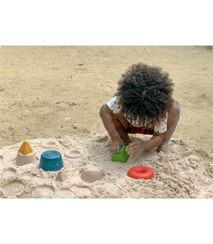 PLANTOYS Creative play in the sand